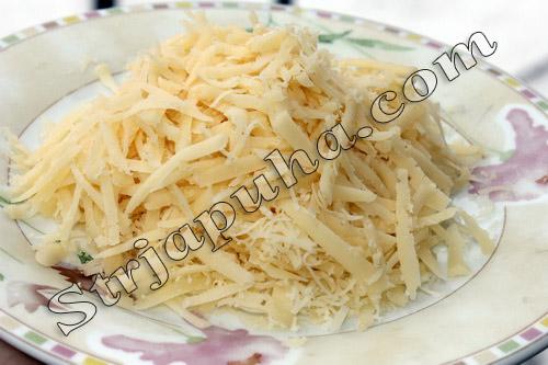 Салат из говяжьего языка с яйцом и сыром