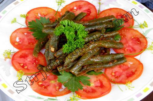 Спаржевая (стручковая) фасоль в томатном соусе