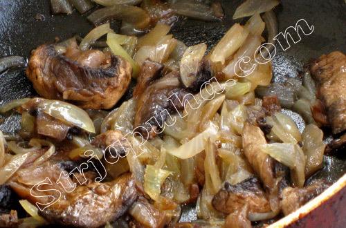 Баклажаны фаршированные грибами