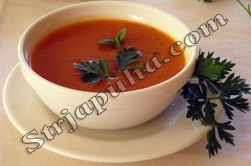 Суп-пюре из помидоров с базиликом