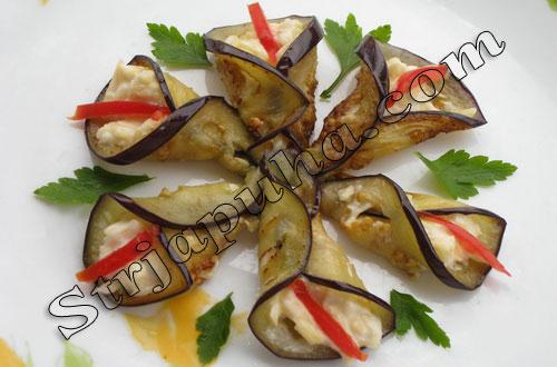 Баклажаны с сыром и орехами