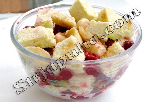 Торт сметанно-ягодный